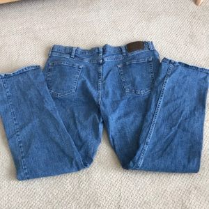 Men's Wrangler Relaxed Fit boot Cut Jeans